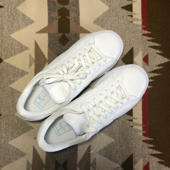 Nike Shoes Nwob Fly Leather Tennis Classic All White 9 Poshmark